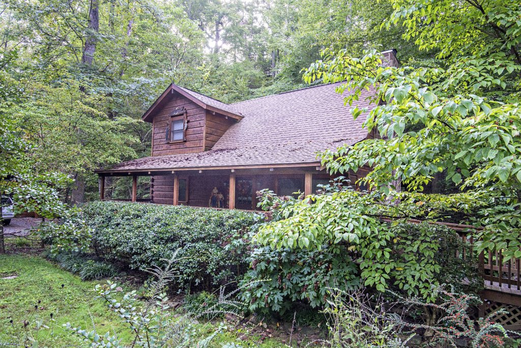 Photo of a Pigeon Forge Cabin named  Natures Grace Retreat - This is the thirty-second photo in the set.
