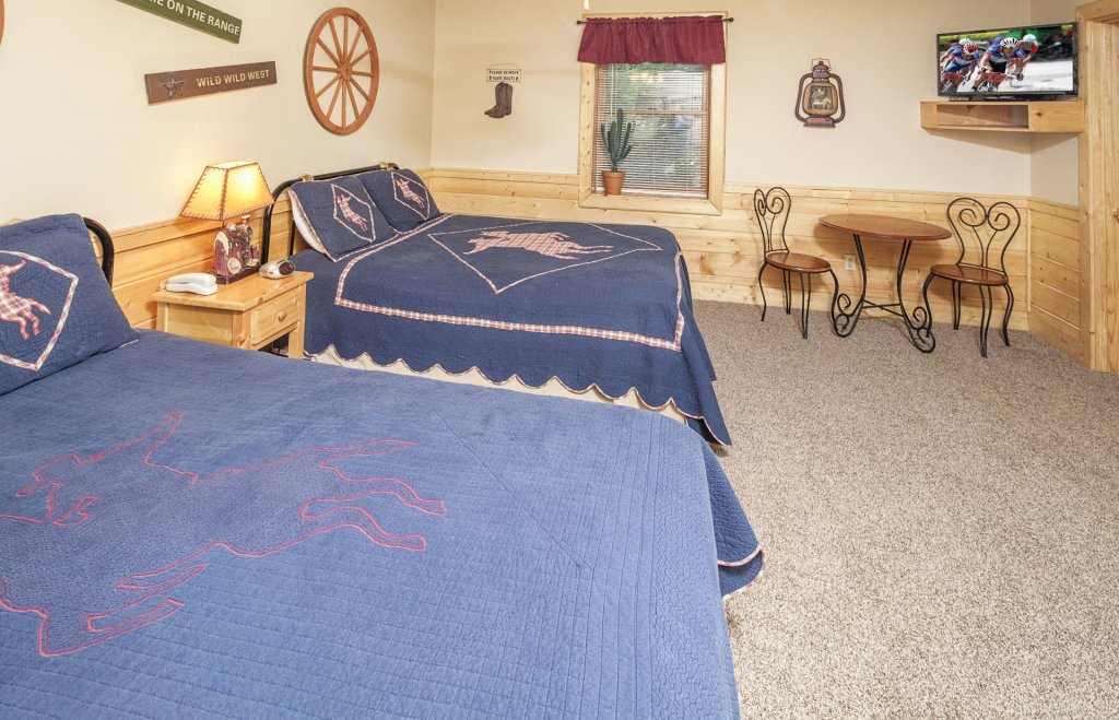 Photo of a Pigeon Forge Cabin named  Bear Right Inn - This is the twentieth photo in the set.