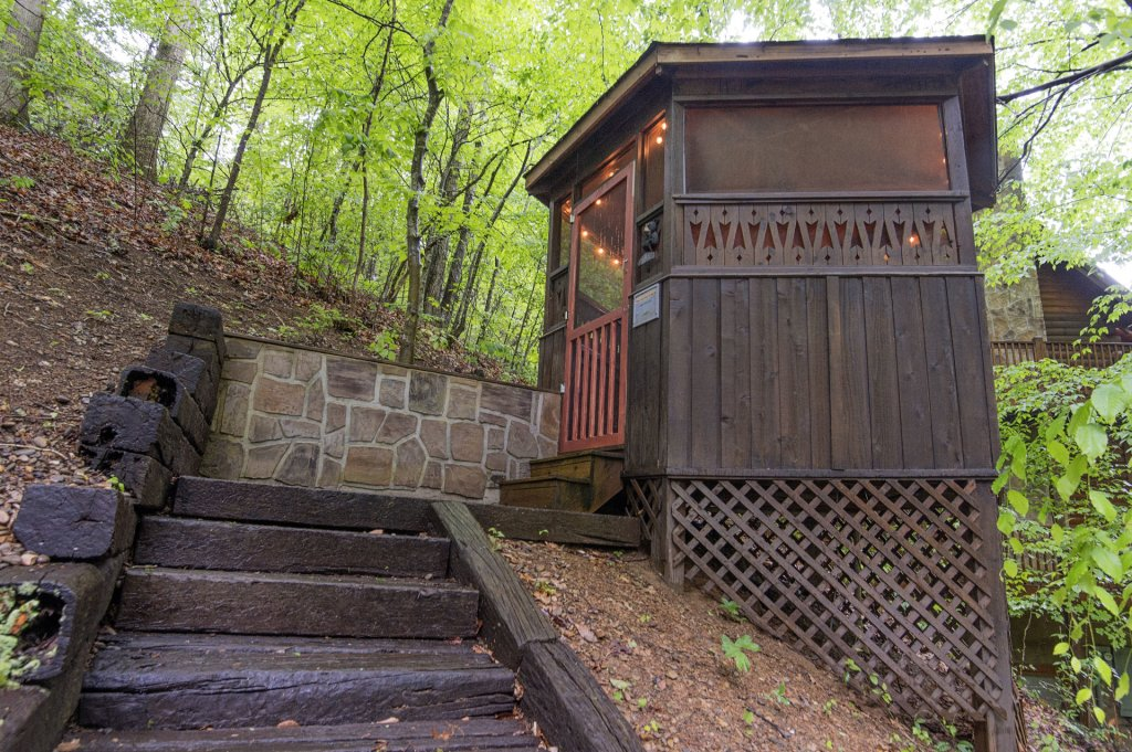 Photo of a Pigeon Forge Cabin named Er96 Squirrel's Leap - This is the thirteenth photo in the set.