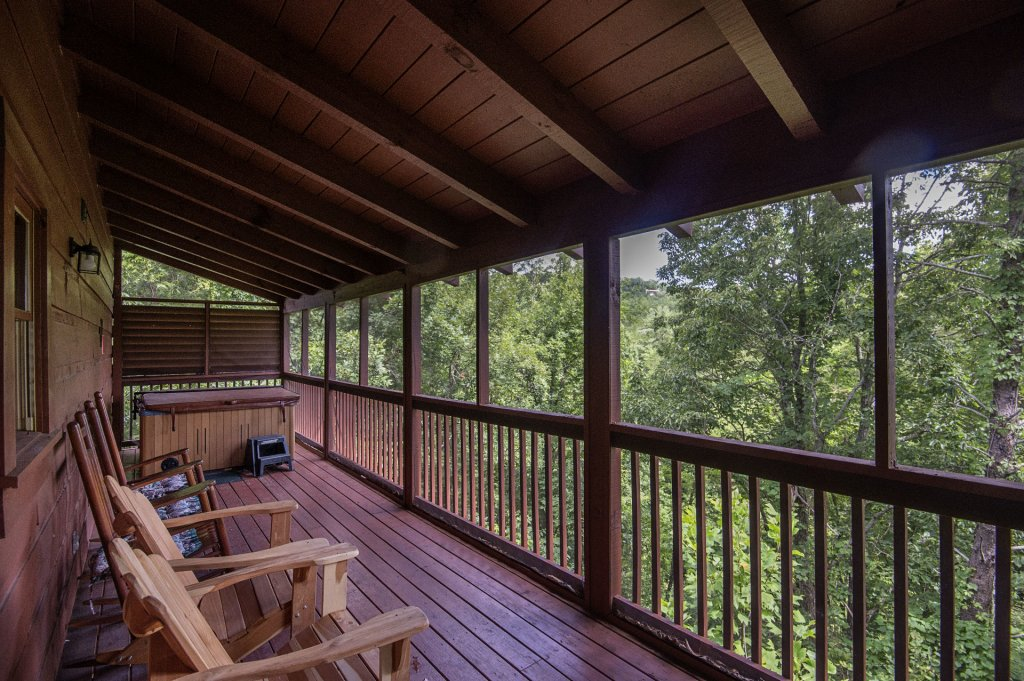 Photo of a Sevierville Cabin named  Mountain Majesty - This is the thirty-sixth photo in the set.