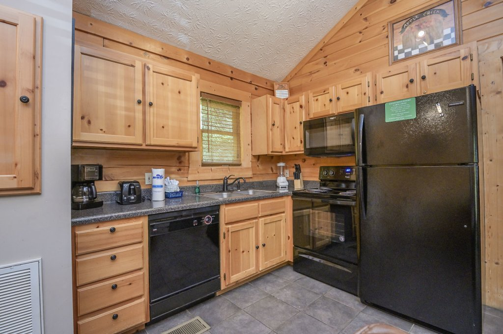 Photo of a Pigeon Forge Cabin named  Eagle's Hideaway - This is the seventh photo in the set.