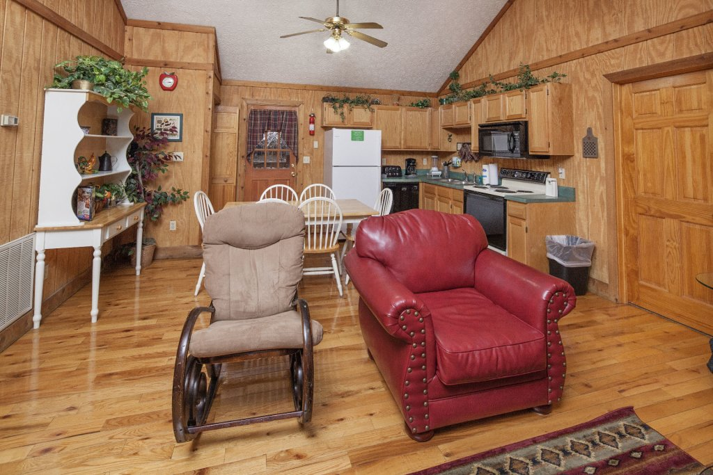 Photo of a Pigeon Forge Cabin named  Grandpa's Getaway - This is the third photo in the set.