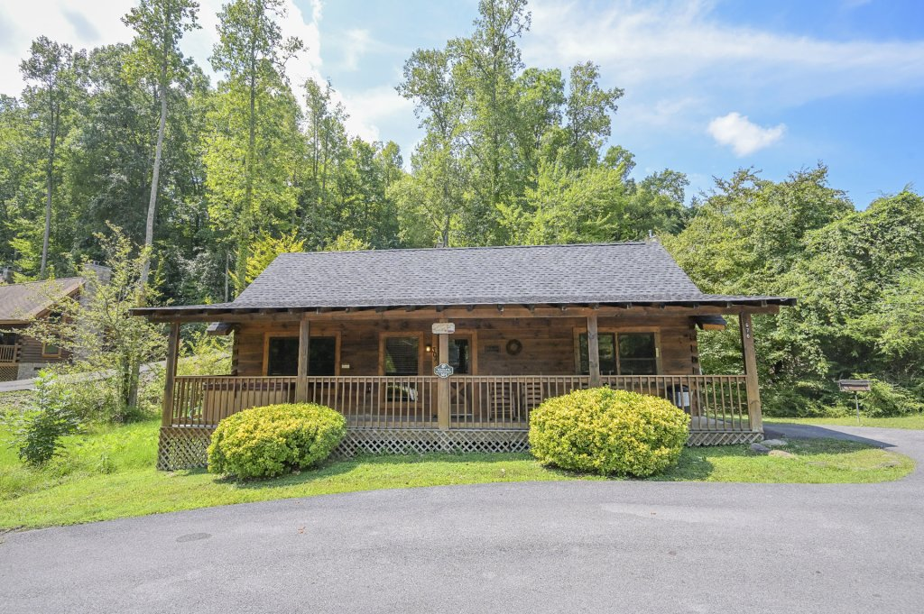 Photo of a Pigeon Forge Cabin named  Eagle's Hideaway - This is the twentieth photo in the set.