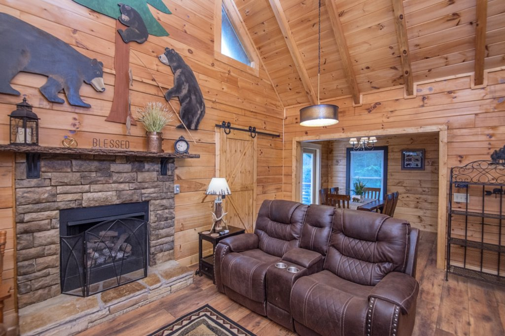 Photo of a Pigeon Forge Cabin named  Sweet Memories - This is the twelfth photo in the set.