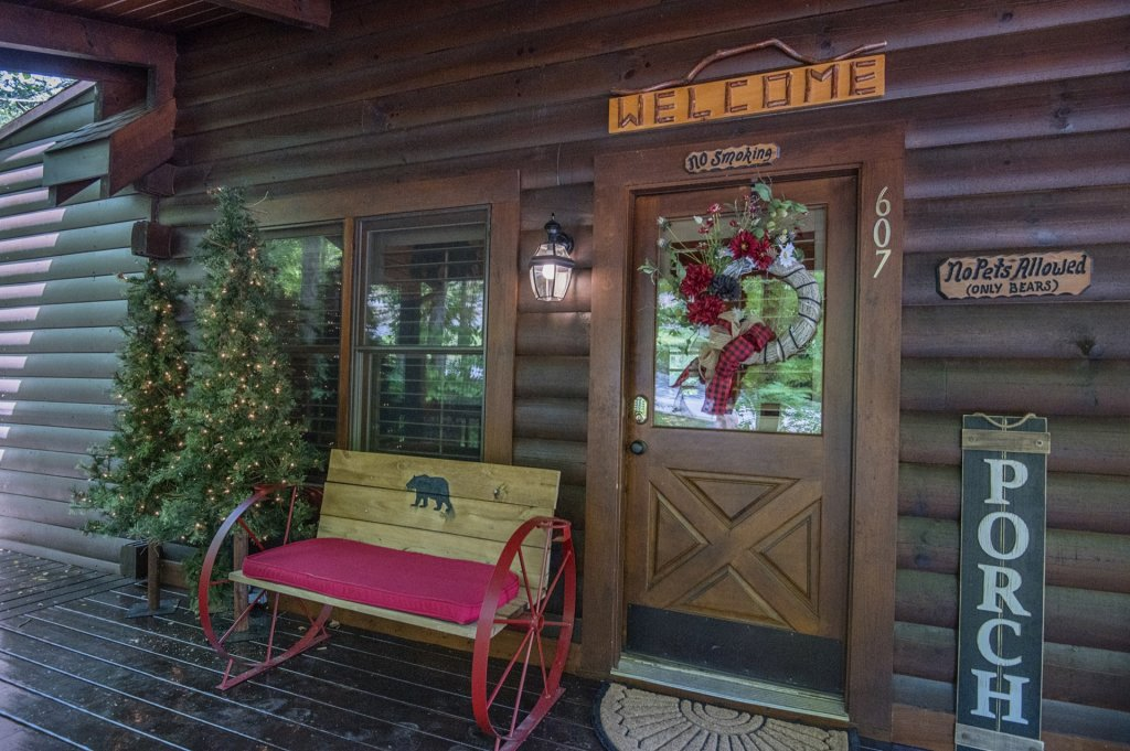 Photo of a Pigeon Forge Cabin named  Sweet Memories - This is the eighteenth photo in the set.