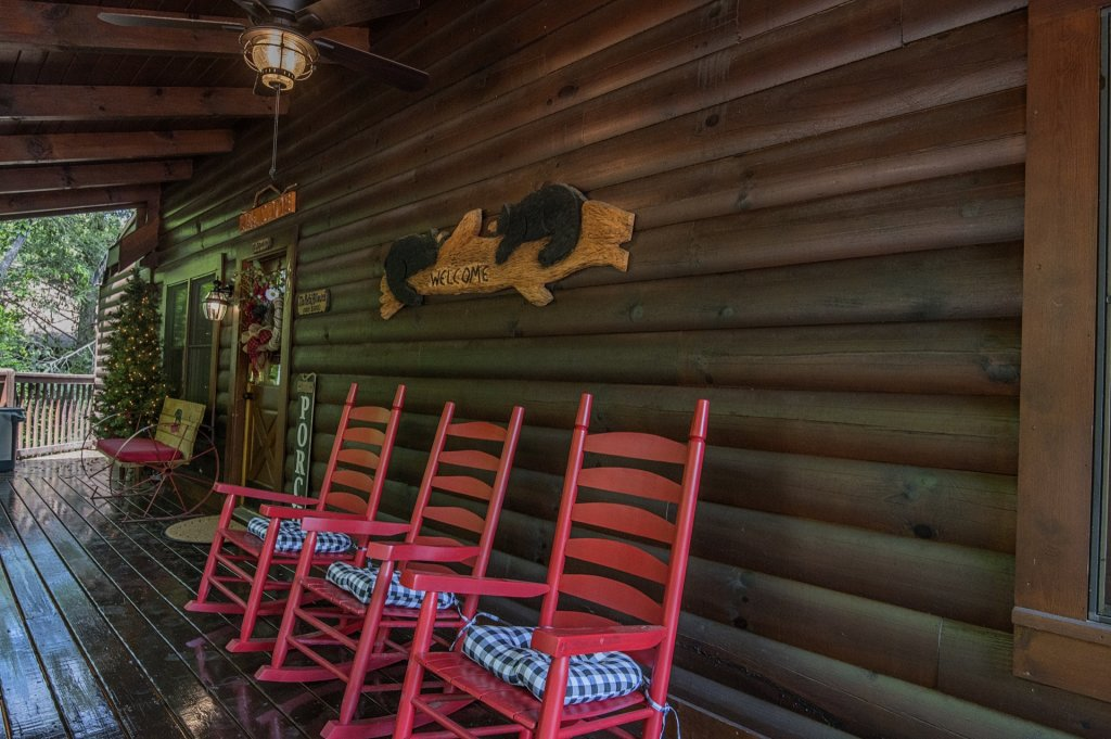Photo of a Pigeon Forge Cabin named  Sweet Memories - This is the twenty-second photo in the set.