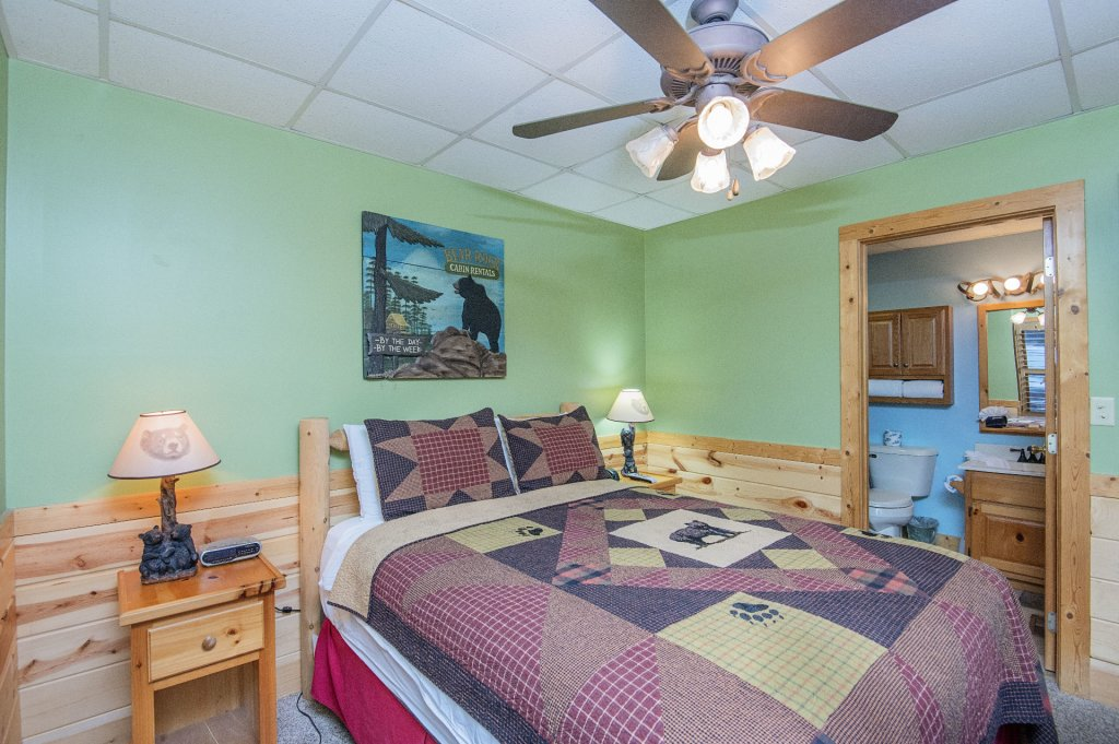 Photo of a Pigeon Forge Cabin named  Sweet Memories - This is the thirty-first photo in the set.