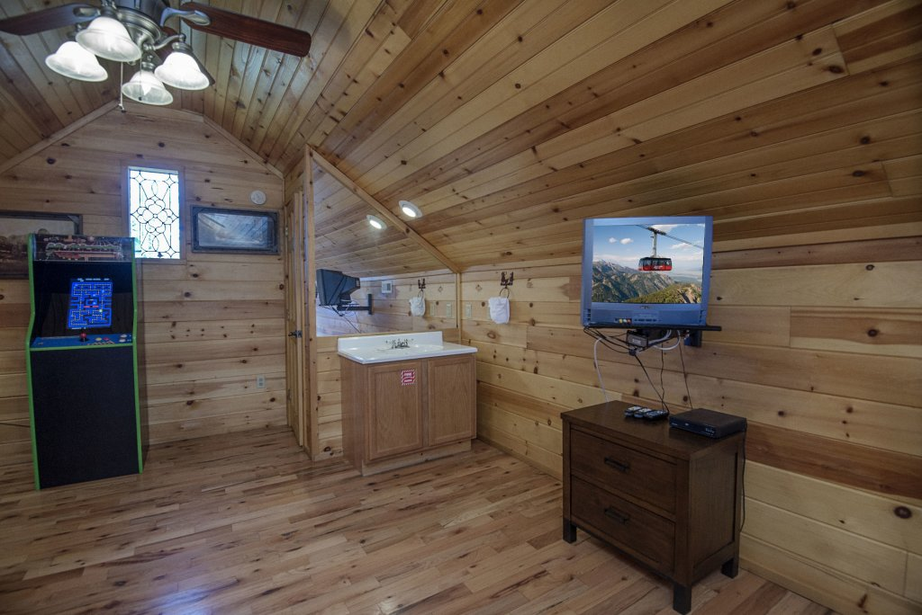 Photo of a Gatlinburg Cabin named Simple Pleasures - This is the fifteenth photo in the set.