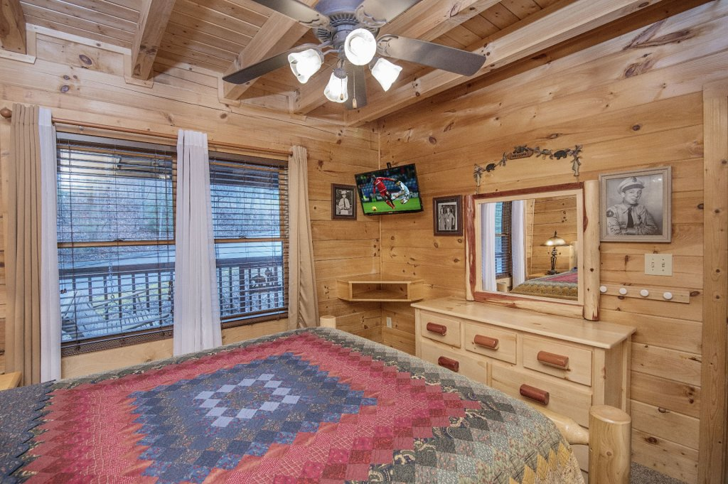 Photo of a Pigeon Forge Cabin named  Sweet Memories - This is the thirty-third photo in the set.
