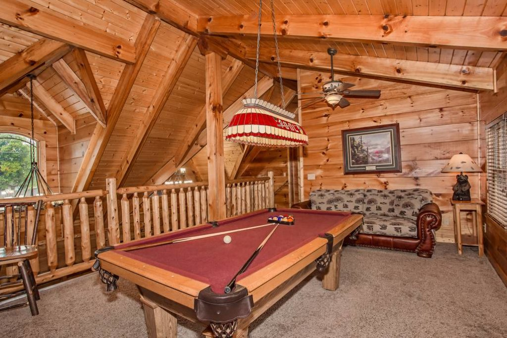 Photo of a Pigeon Forge Cabin named River's Edge - This is the eighteenth photo in the set.