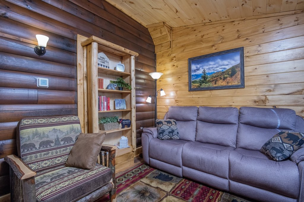Photo of a Pigeon Forge Cabin named  Sweet Memories - This is the forty-third photo in the set.