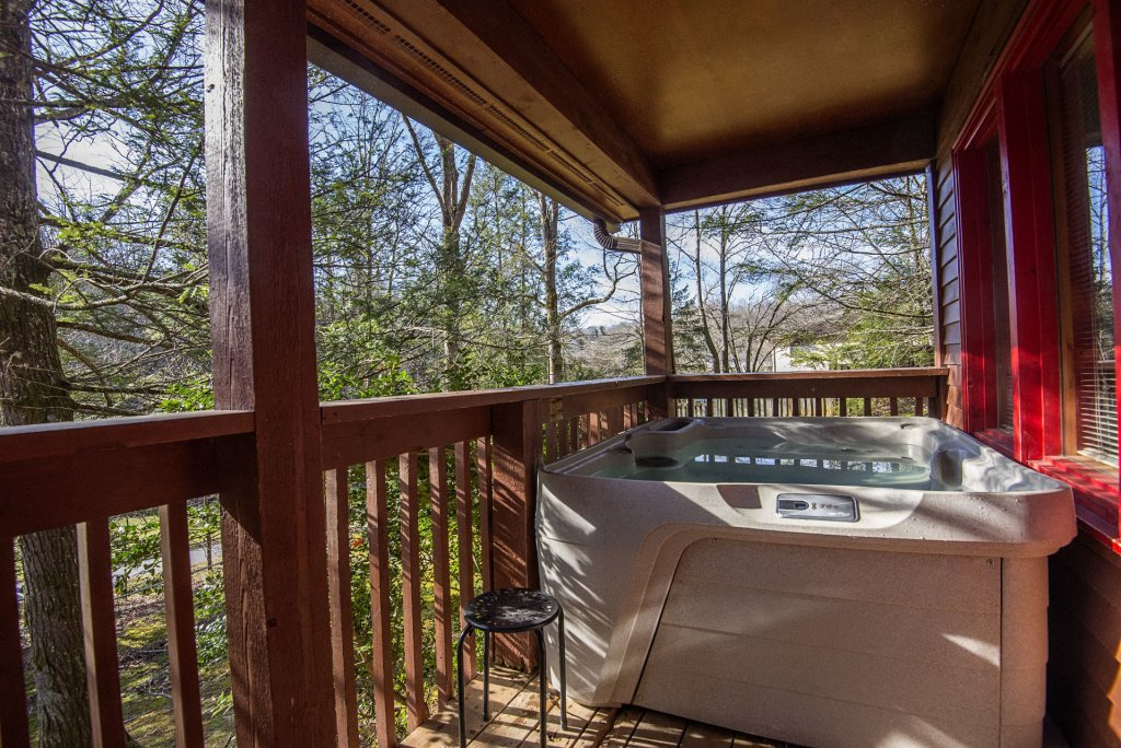 Photo of a Gatlinburg Cabin named Simple Pleasures - This is the twentieth photo in the set.
