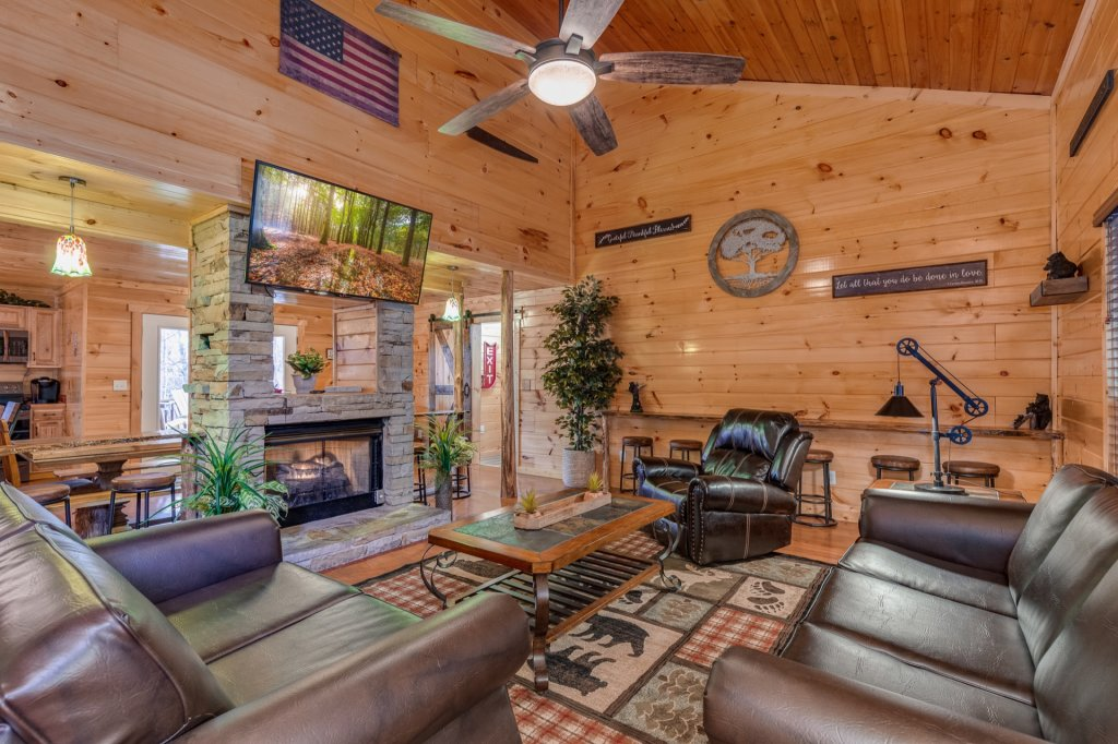 Photo of a Gatlinburg Cabin named Luxury Mountain Lodge - This is the fifth photo in the set.