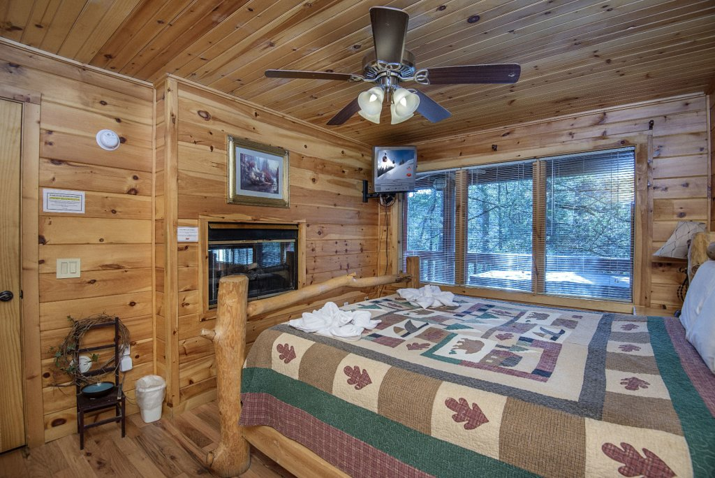 Photo of a Gatlinburg Cabin named Simple Pleasures - This is the twelfth photo in the set.