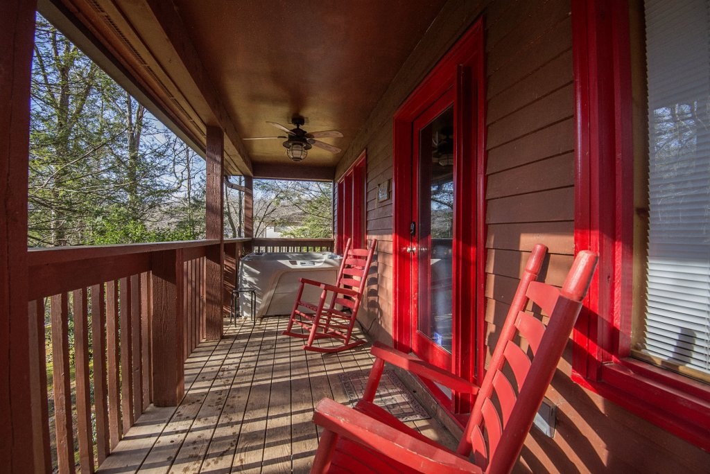 Photo of a Gatlinburg Cabin named Simple Pleasures - This is the nineteenth photo in the set.