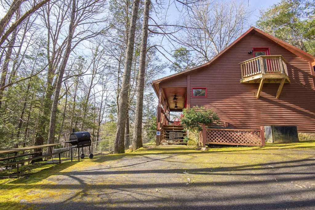 Photo of a Gatlinburg Cabin named Simple Pleasures - This is the twenty-eighth photo in the set.