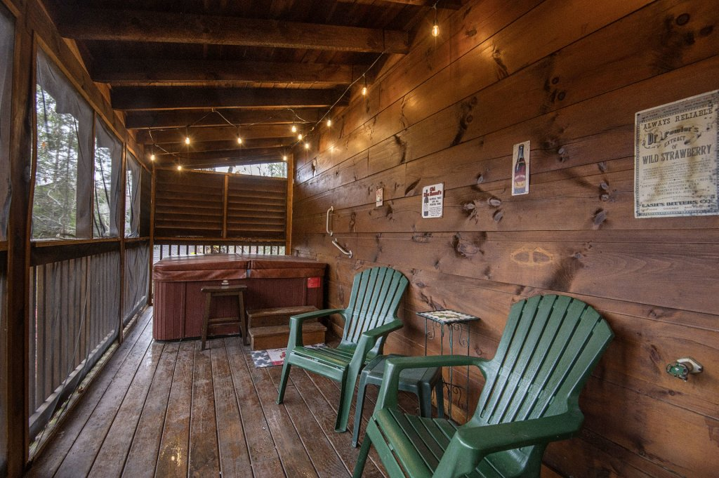 Photo of a Pigeon Forge Cabin named  Smoky Mountain Charm - This is the twenty-third photo in the set.