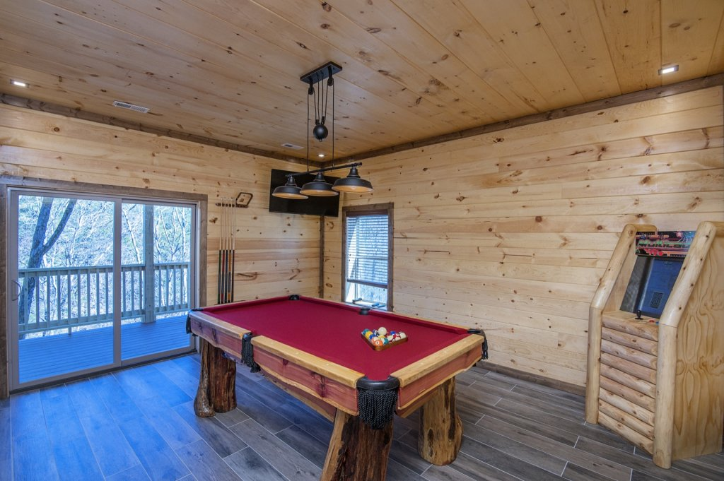 Photo of a Sevierville Cabin named  Smoky Oasis - This is the twenty-eighth photo in the set.