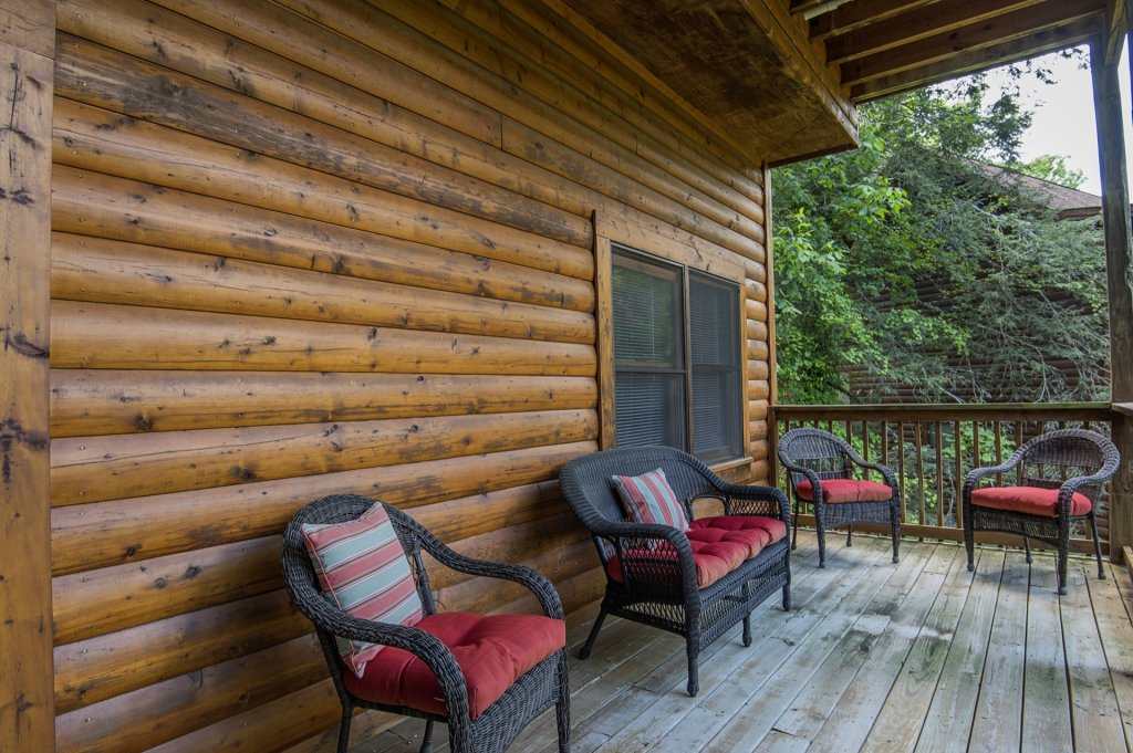 Photo of a Pigeon Forge Cabin named  Al's Nest - This is the eighteenth photo in the set.