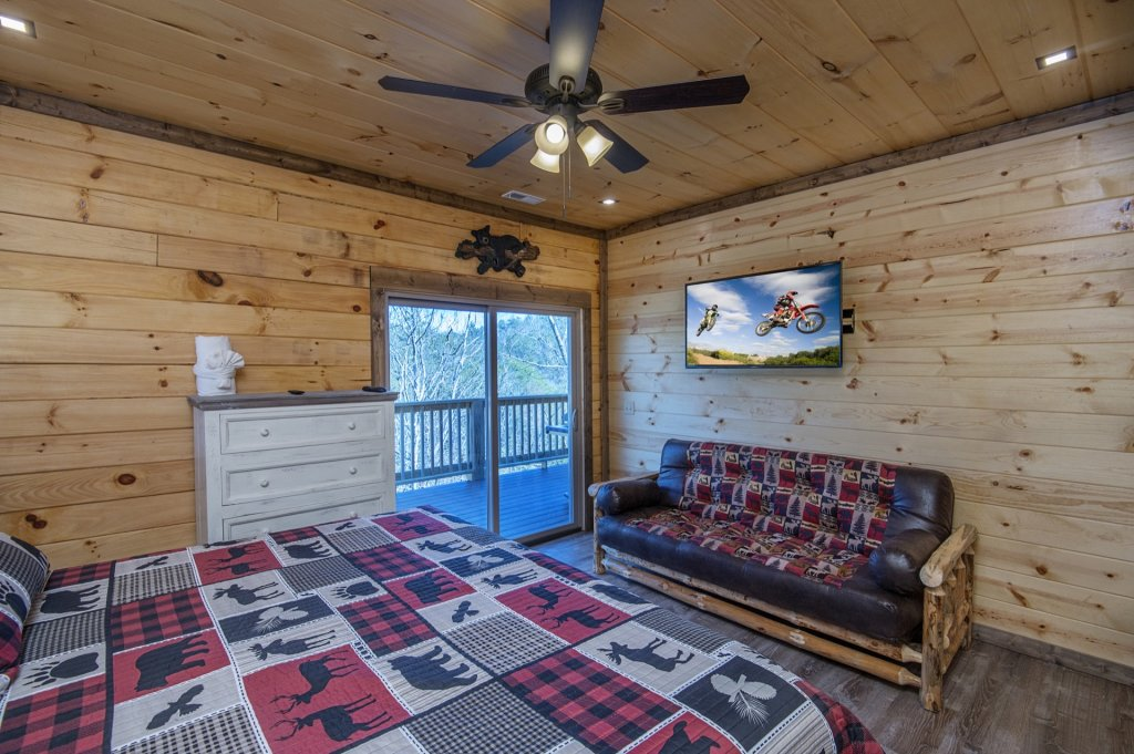 Photo of a Sevierville Cabin named  Smoky Oasis - This is the forty-first photo in the set.