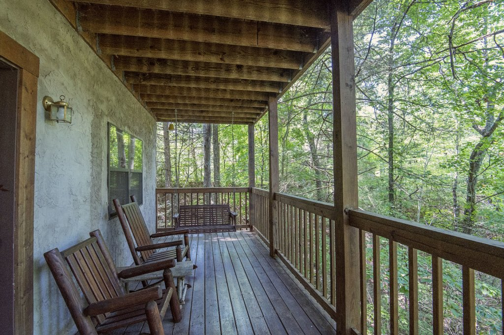 Photo of a Pigeon Forge Cabin named  Smoky Mountain Charm - This is the twenty-seventh photo in the set.