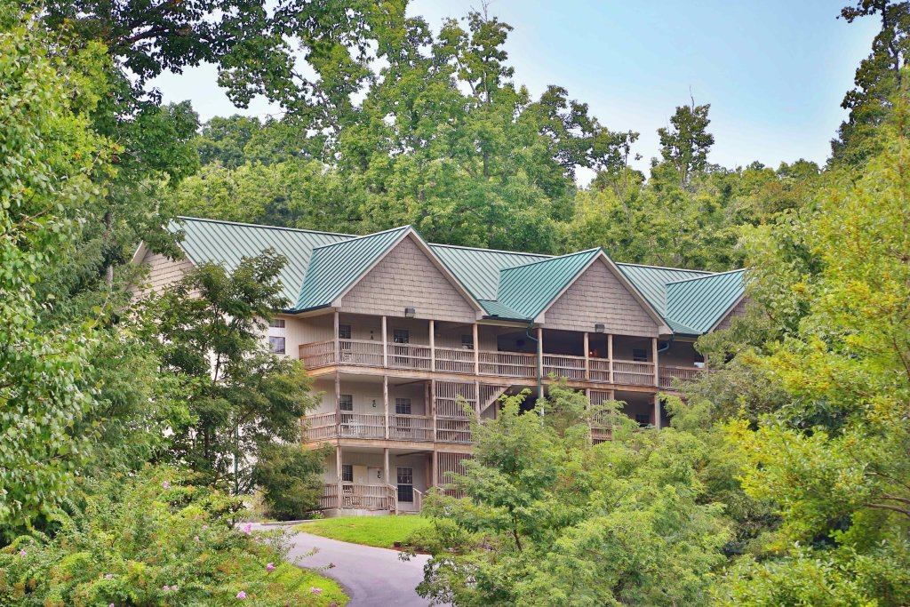 Photo of a Pigeon Forge Condo named Briarstone Lodge Condo 13a - This is the first photo in the set.
