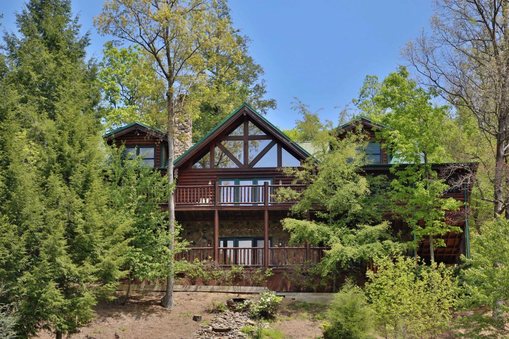 Photo of a Sevierville Cabin named Black Bear Hideaway - This is the fifty-second photo in the set.
