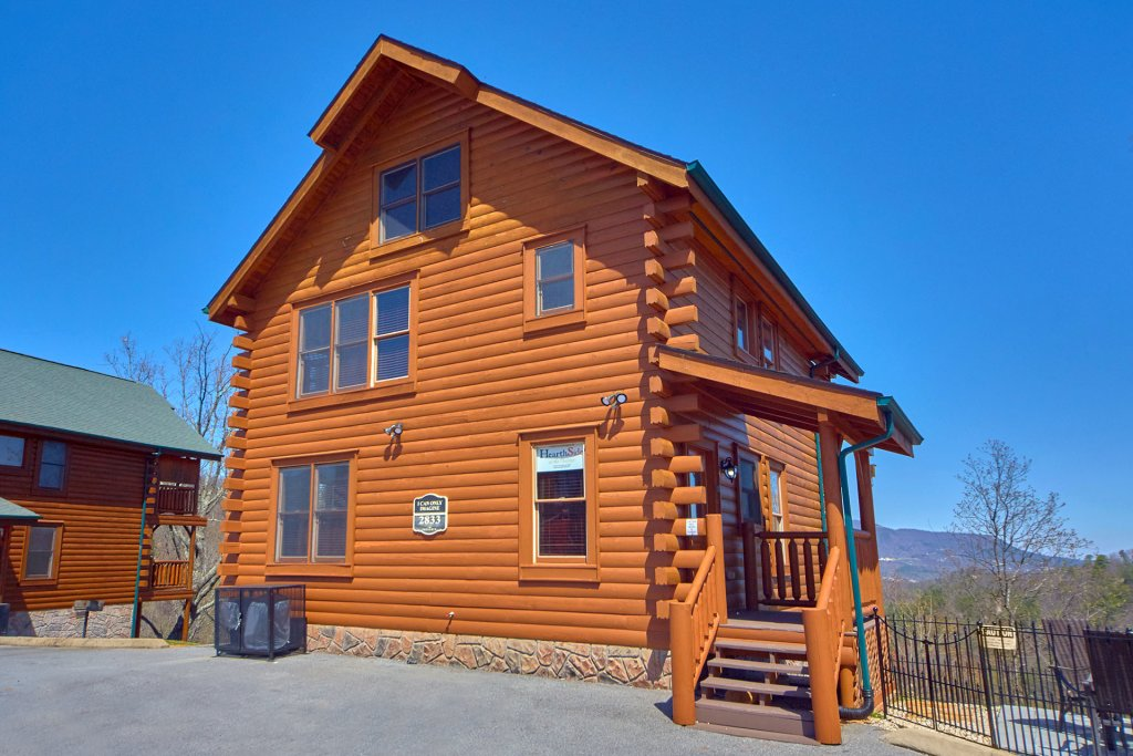 Photo of a Sevierville Cabin named I Can Only Imagine - This is the first photo in the set.
