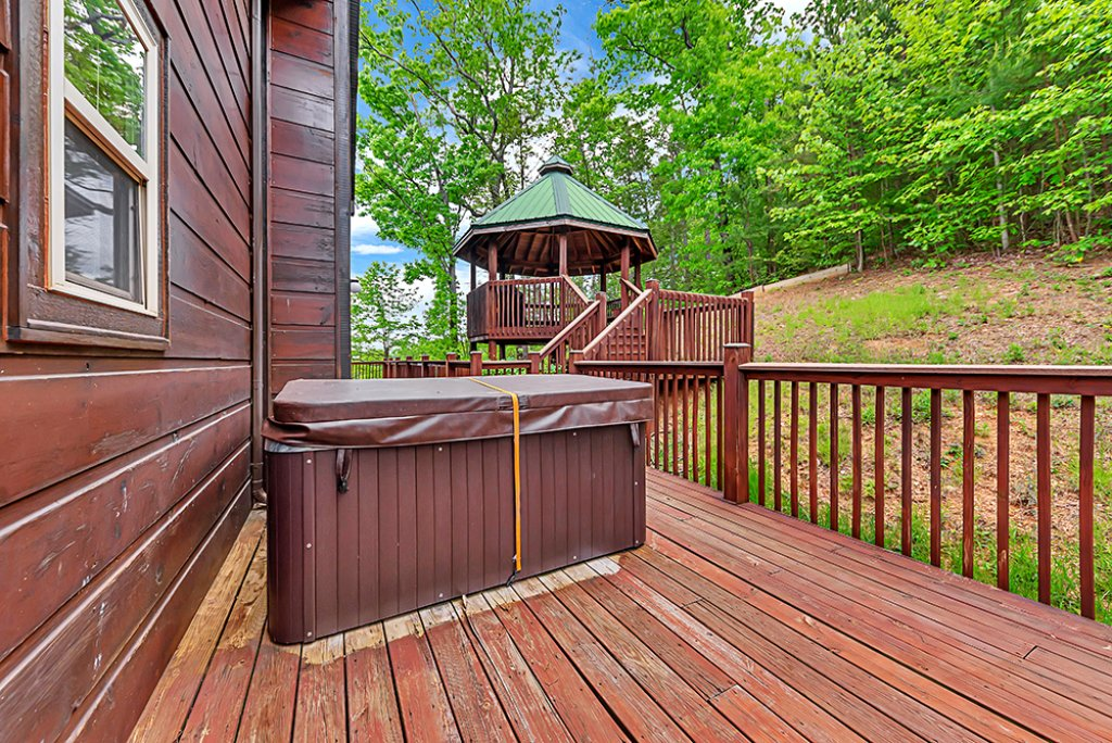 Photo of a Sevierville Cabin named One In A Million - This is the twenty-sixth photo in the set.