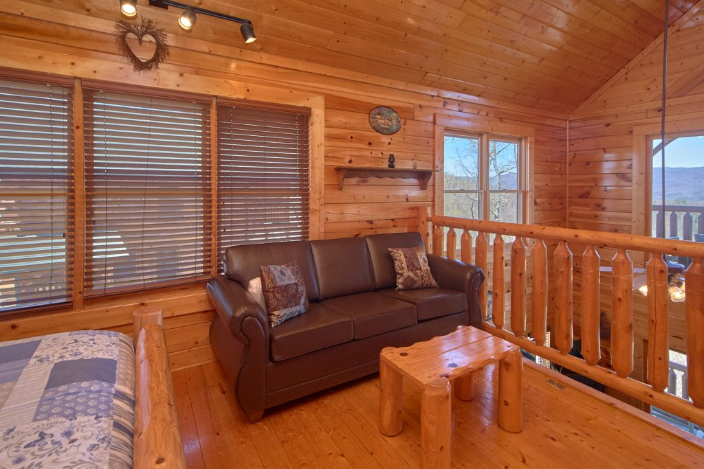 Photo of a Sevierville Cabin named I Can Only Imagine - This is the thirty-third photo in the set.