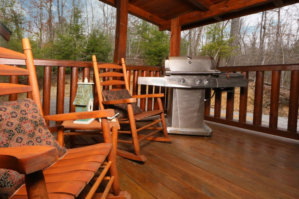 Photo of a Sevierville Cabin named Smoky Mountain Getaway - This is the twenty-third photo in the set.