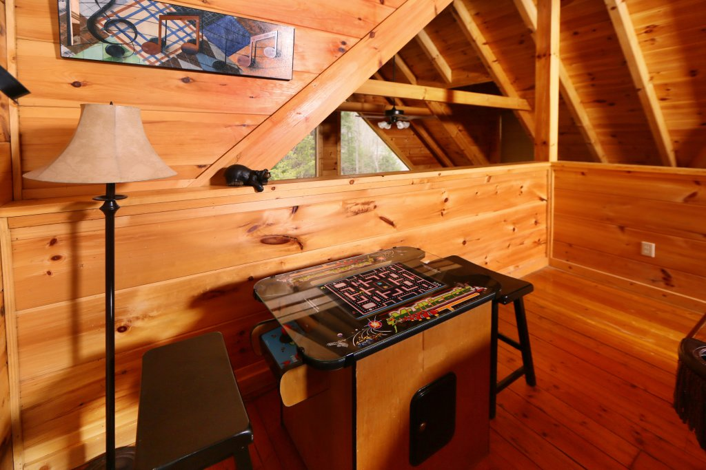 Photo of a Sevierville Cabin named Smoky Mountain Getaway - This is the fourteenth photo in the set.