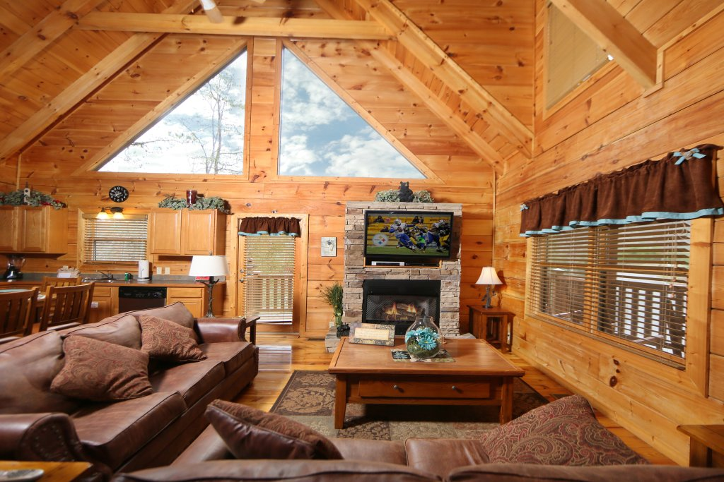Photo of a Sevierville Cabin named Smoky Mountain Getaway - This is the second photo in the set.