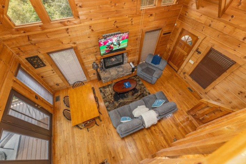 Photo of a Sevierville Cabin named Smokies Serenity - This is the tenth photo in the set.
