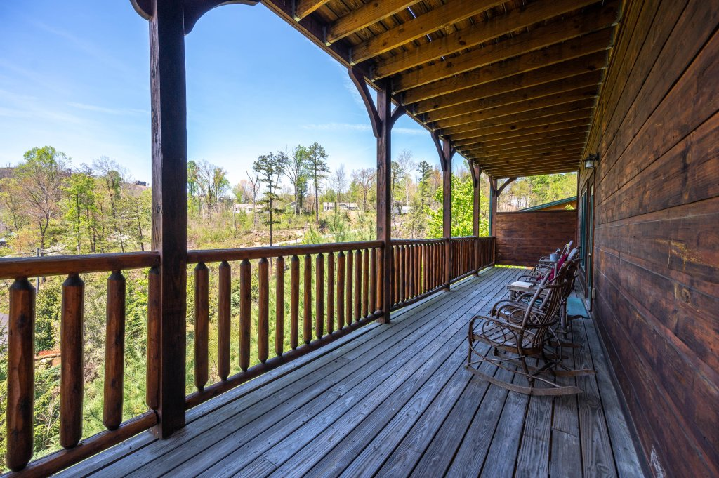 Photo of a Gatlinburg Cabin named Spark Of Life - This is the seventy-second photo in the set.