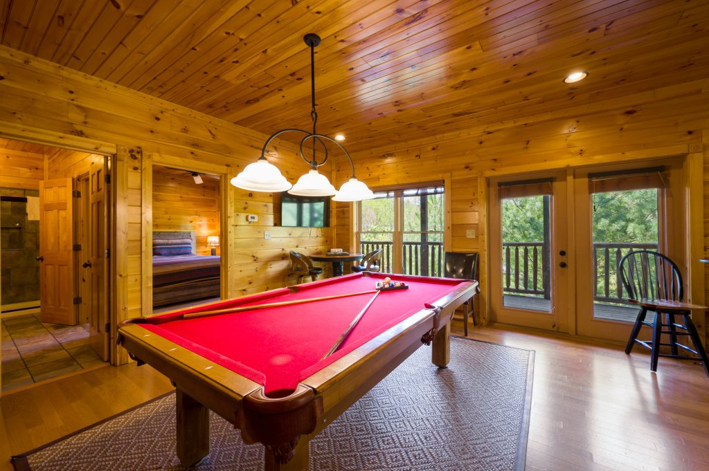 Photo of a Gatlinburg Cabin named Spark Of Life - This is the seventy-ninth photo in the set.
