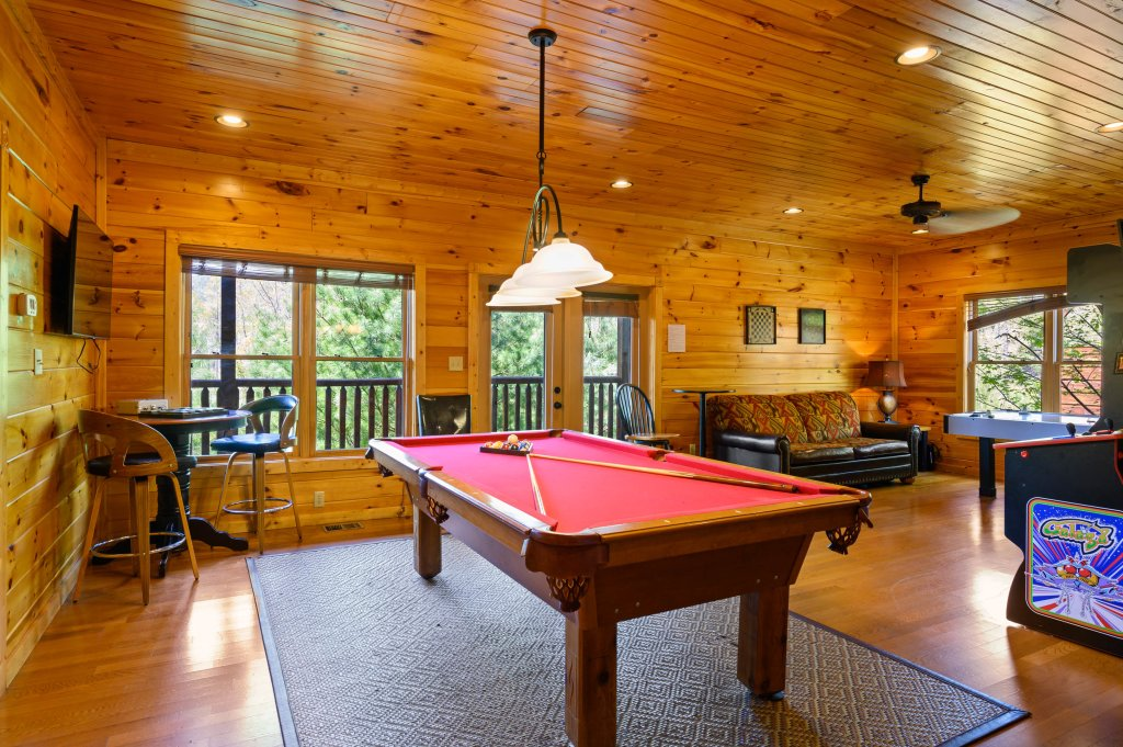 Photo of a Gatlinburg Cabin named Spark Of Life - This is the eighty-first photo in the set.