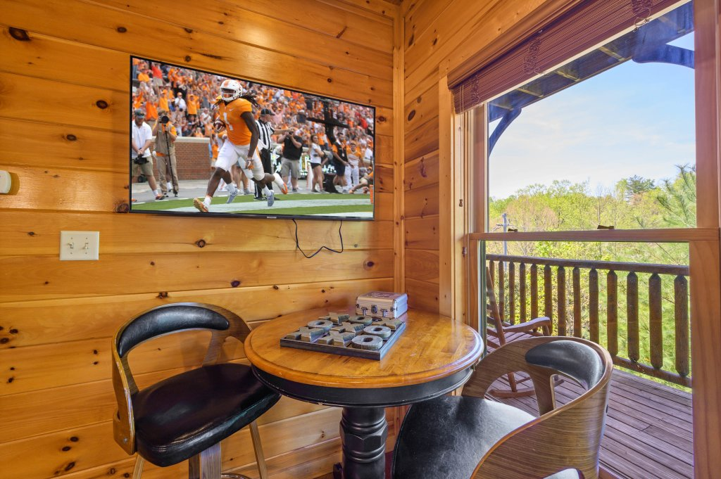 Photo of a Gatlinburg Cabin named Spark Of Life - This is the eighty-second photo in the set.