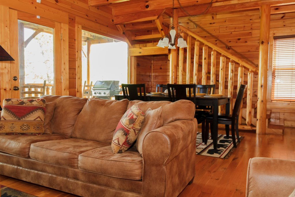 Photo of a Sevierville Cabin named Dream On High - This is the fourth photo in the set.