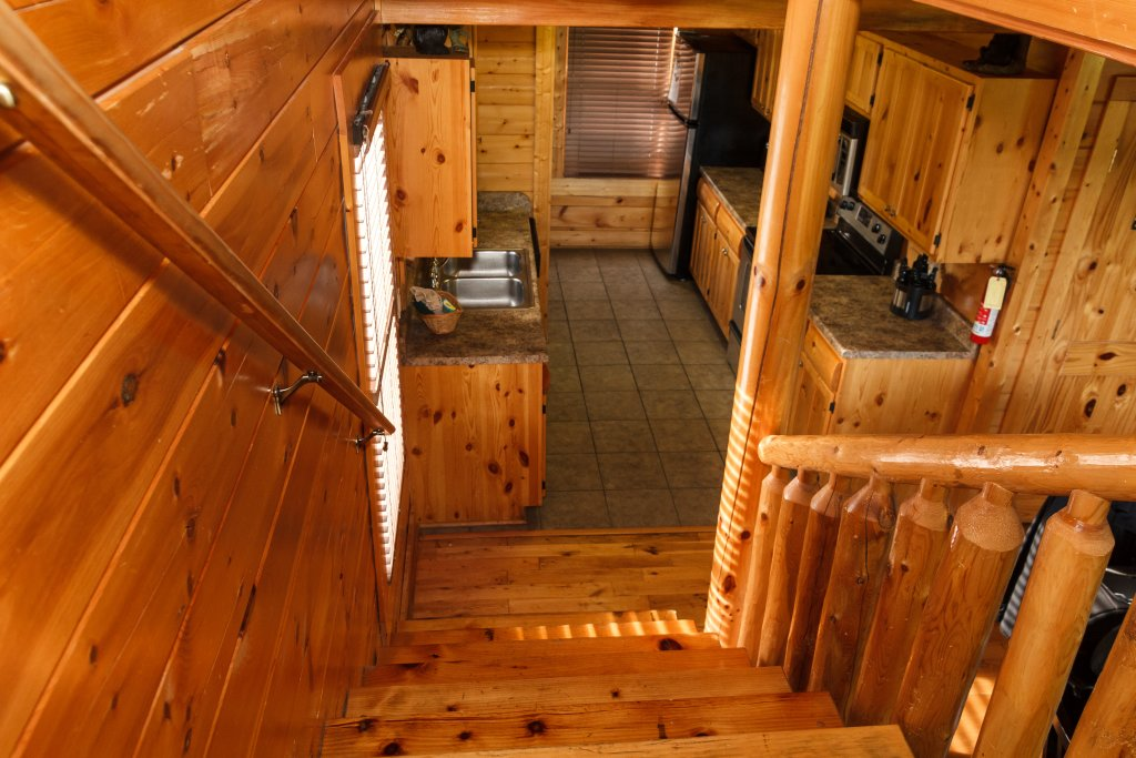 Photo of a Sevierville Cabin named Dream On High - This is the twenty-second photo in the set.