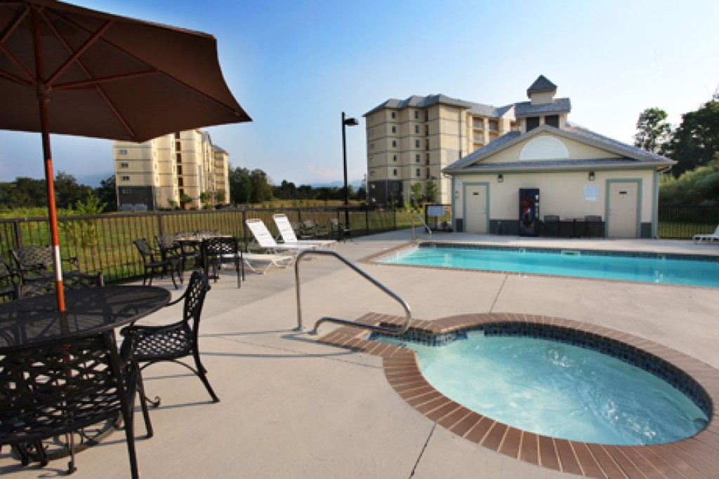 Photo of a Pigeon Forge Condo named Mountain View Condo 1205 - This is the twenty-first photo in the set.
