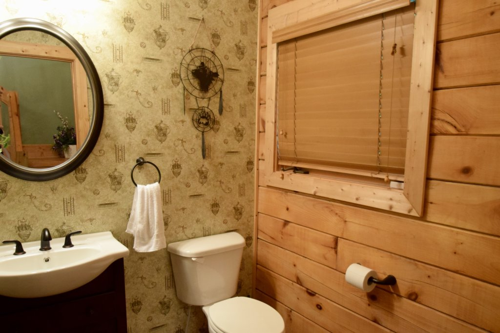 Photo of a Sevierville Cabin named Now And Forever - This is the twentieth photo in the set.