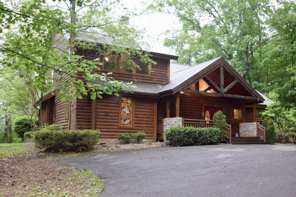 Photo of a Sevierville Cabin named Now And Forever - This is the forty-second photo in the set.