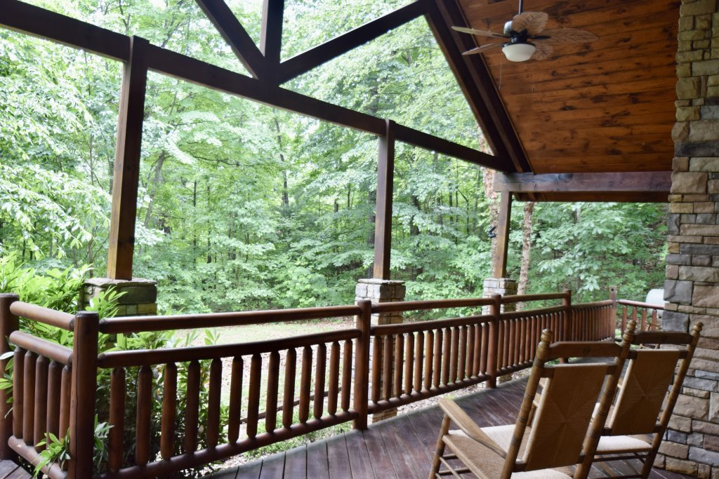 Photo of a Sevierville Cabin named Now And Forever - This is the thirty-fourth photo in the set.