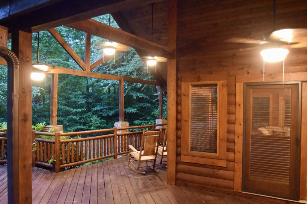 Photo of a Sevierville Cabin named Now And Forever - This is the fifty-second photo in the set.