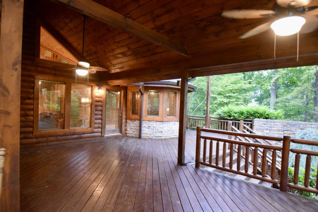 Photo of a Sevierville Cabin named Now And Forever - This is the forty-sixth photo in the set.