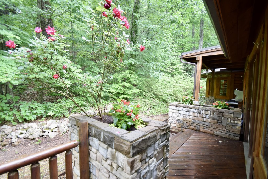 Photo of a Sevierville Cabin named Now And Forever - This is the thirty-fifth photo in the set.