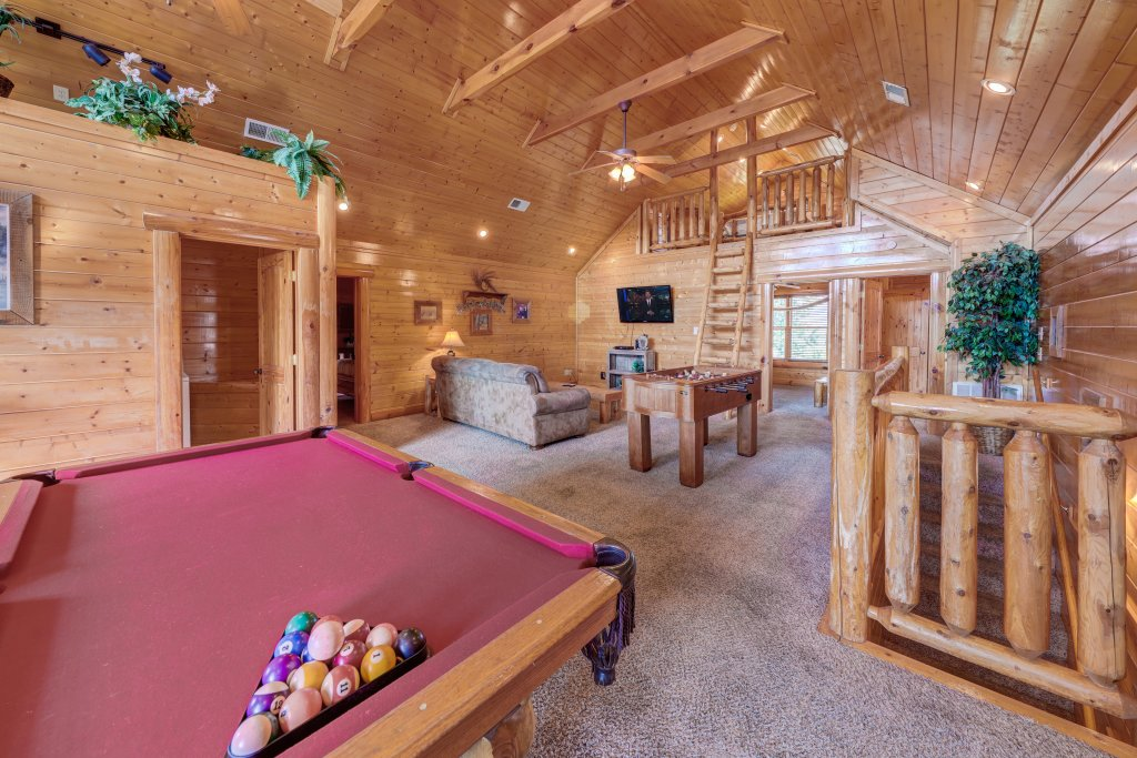 Photo of a Sevierville Cabin named Estate Of Relaxation - This is the fortieth photo in the set.