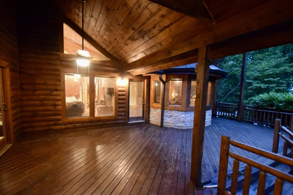 Photo of a Sevierville Cabin named Now And Forever - This is the fifty-fourth photo in the set.