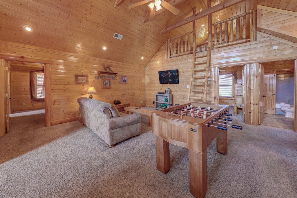 Photo of a Sevierville Cabin named Estate Of Relaxation - This is the forty-second photo in the set.
